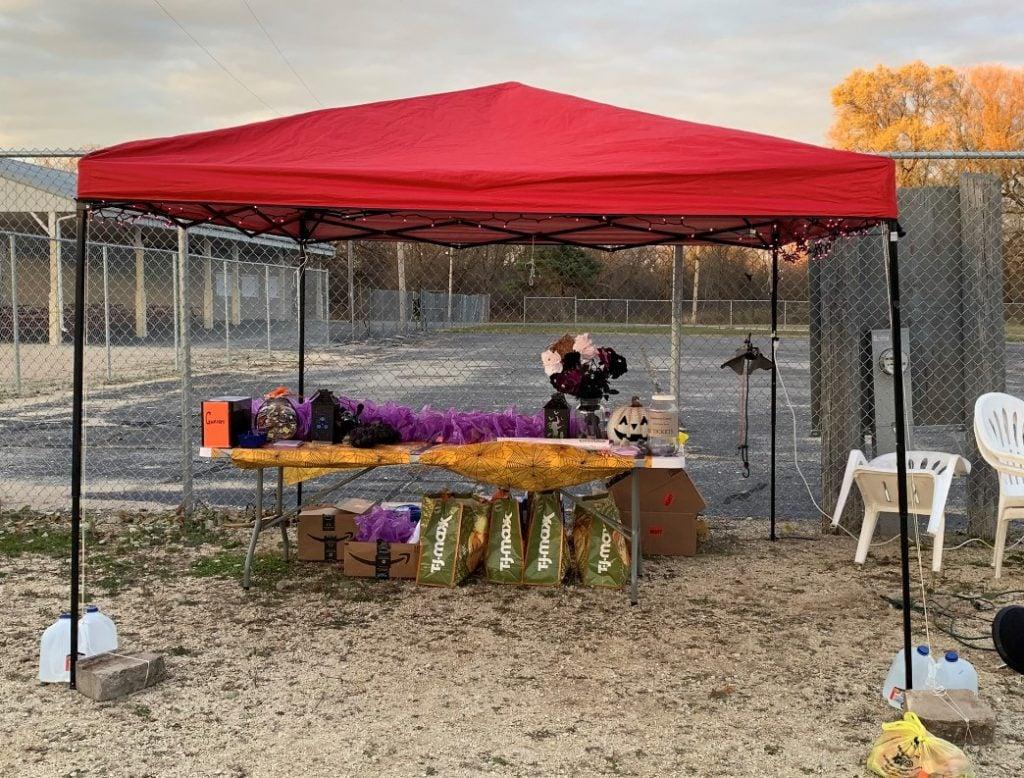 Halloween - Tent Stand - Oct 2020